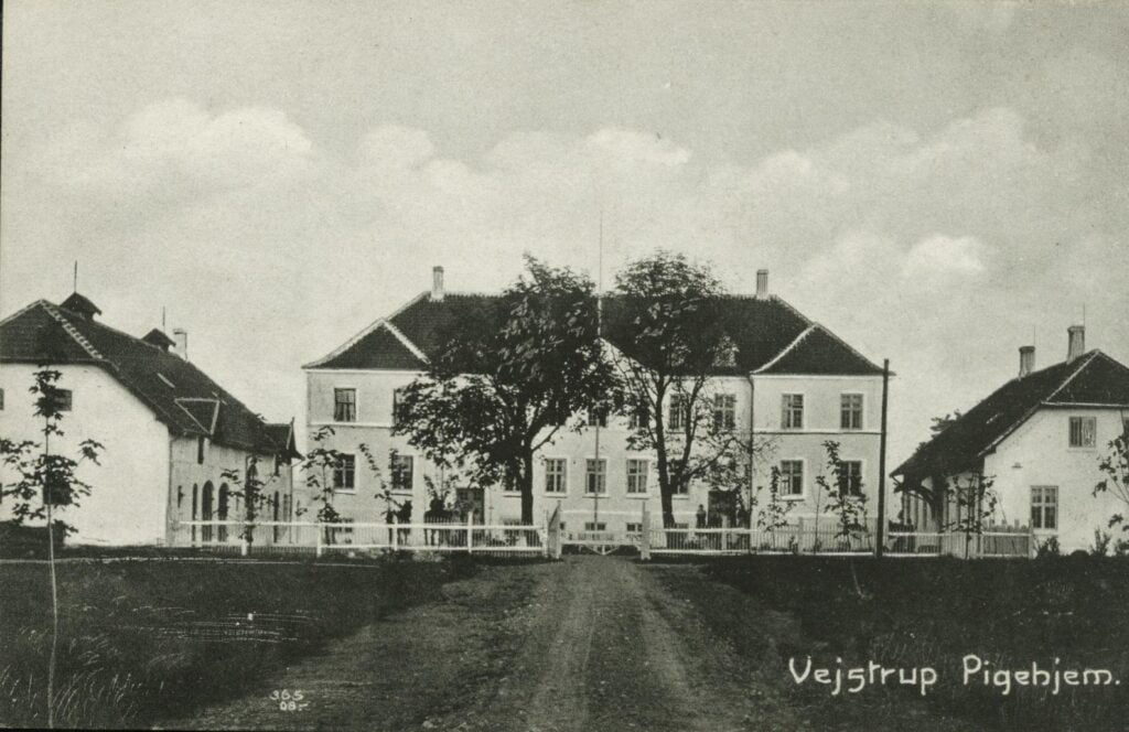 Vejstrup Pigehjem, brevkort. Fra Gudme Lokalhistoriske Arkiv.